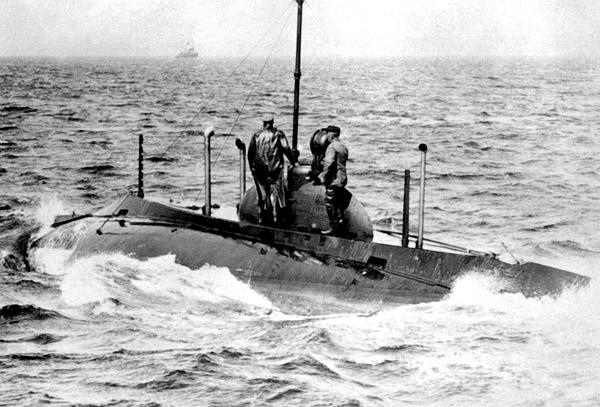 Первая атака подводной лодки